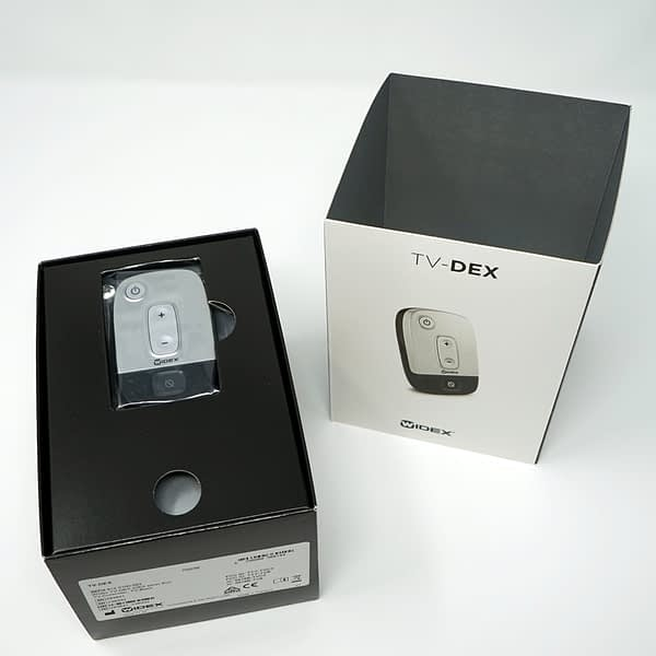 widex tv dex box with outside and product inside on white background